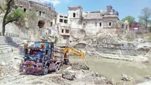 De-silting of fabled pond at Katas Raj begins