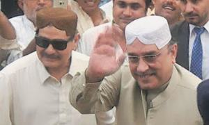 Zardari meets 'recovered' aide