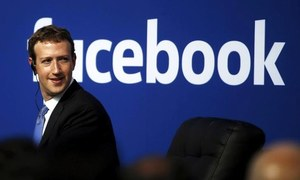 Facebook signs BuzzFeed, Vox, others for original video shows