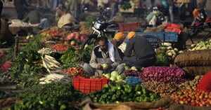 Sindh growers demand ban on Indian vegetables