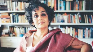 Arundhati Roy tells a fractured story by becoming everything