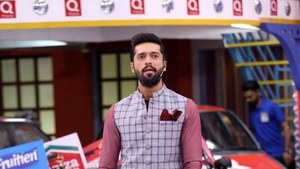 The real highlight of Ramazan TV might just be Fahad Mustafa's sense of style
