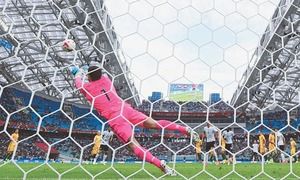 Germany cling on to beat Australia after keeper's blunders