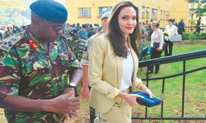 Angelina Jolie  urges better treatment of refugees