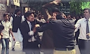 Lawyer's supporters run riot in LHC