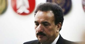 Rehman Malik denies covert deal with PM on Panama Papers case