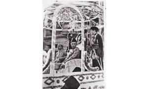 KARACHI 1943: A PROCESSION IN TRIUMPH