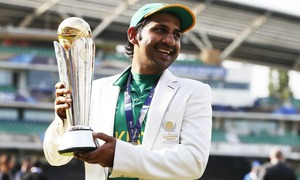 Channel asked to apologise for airing remarks against Sarfraz