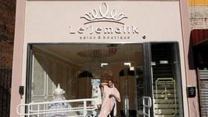 At women-only salon in Brooklyn, Muslim-Americans prepare for Eid