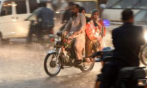 Monsoon spell in parts of country leaves 25 dead