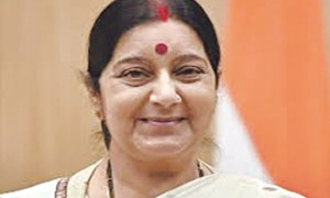 Pakistani patients to be issued visas on Aziz's recommendation: Swaraj