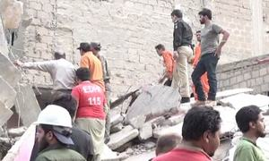 کراچی: تین منزلہ مخدوش عمارت زمین بوس، 5 افراد ہلاک
