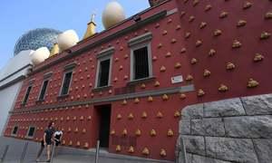 ہسپانوی نقاش سیلواڈورڈالی کی قبرکشائی کا حکم