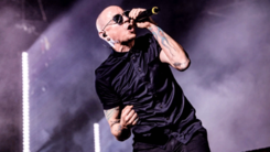 Linkin Park singer Chester Bennington commits suicide