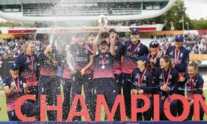 Shrubsole stars as England edge India in Women's World Cup final