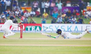 Sri Lanka in dire straits after India post mammoth total of 600