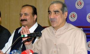 Saad Rafique demands investigation into Imran, Sheikh Rashid's comments about judges