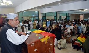 Mengal slams govt failure to arrest lawyers' killers