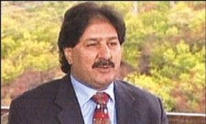 Sarfraz Nawaz discusses cricket corruption with British crime agency