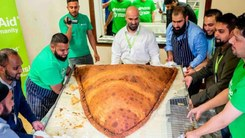 A 153kg samosa just broke world records in London