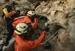 Race to rescue survivors of Mexico's 'most powerful earthquake in a century'