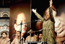 Aziz Mian Qawwal's son pays tribute to his late father at Lok Virsa