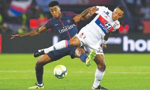 Neymar, Cavani argue over penalty as PSG keep perfect start