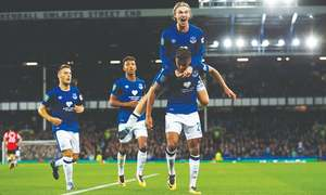 Goals flow for England's top clubs in League Cup