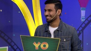 Watch Zaid Ali T talk about his dupatta obsession on Knorr Noodles Boriyat Busters
