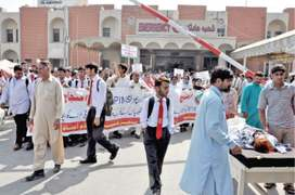 Pims VC says he can end workers' protest if given free hand