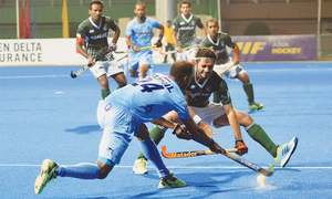 India down Pakistan to top Asia Cup pool