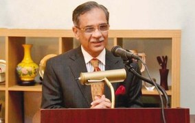 CJP hints at promoting 'non-traditional ways' for speedy justice