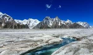 پاکستان میں گلیشئیرز 'بڑھنے' کی بات ٹھیک نہیں