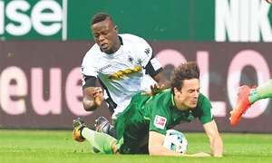 Werder sink deeper in trouble after Gladbach defeat