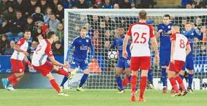 Mahrez salvages draw for Leicester against West Brom