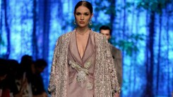 6 trends to rock at winter weddings right now, hot off PLBW's ramp