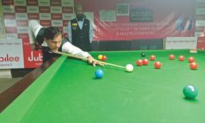 Bilal edges past Babar to reach semis