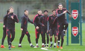 Everton, Milan look for Europa League morale boost