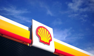 Shell opens its first electric vehicle charging points in Britain