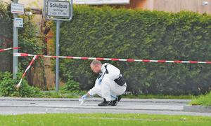 4 people injured in Munich knife attack