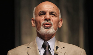 Afghan president bans Pakistani trucks from entering Afghanistan