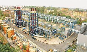 Refineries on verge of closure