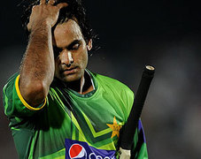 Zaka hits out at PCB over handling of Hafeez's case