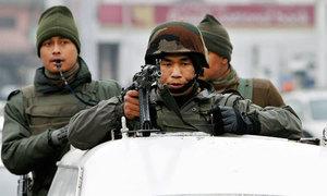 مقبوضہ کشمیر: بھارتی فوج سے تصادم میں 5 کشمیری، ایک فوجی ہلاک