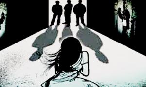 برہنہ گھمانے کا واقعہ:متاثرہ لڑکی کی والدہ کی عدالت میں درخواست