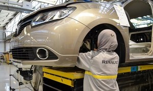 رینالٹ کا پاکستان میں گاڑیاں تیار کرنے کا معاہدہ