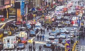 Explosion rocks New York subway