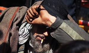 Police pick up 70 addicts during anti-narcotics crackdown in Quetta