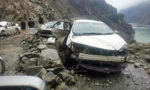 Three soldiers killed, two injured in road accident on Karakoram Highway