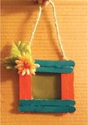 Wonder Craft: Popsicle stick photo frame